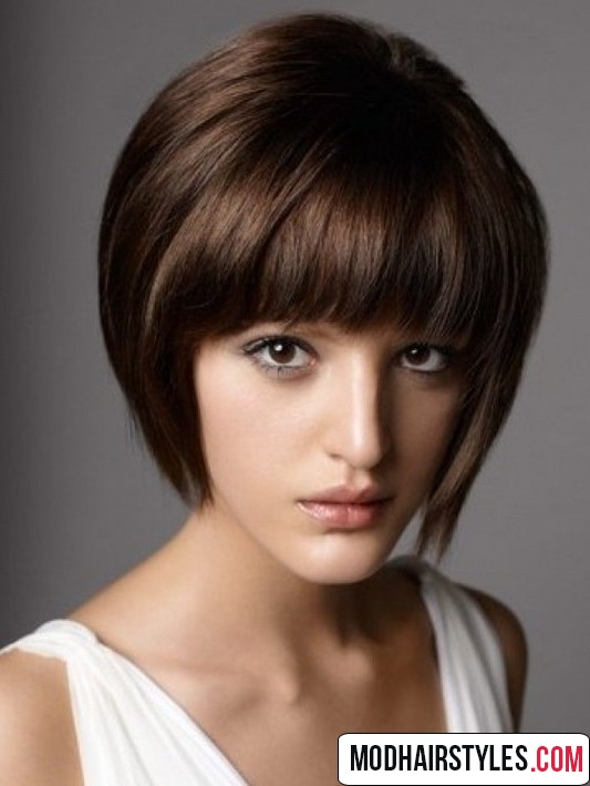 Charming bob hairstyles and haircuts with bangs - Hairstyle For Oval Face