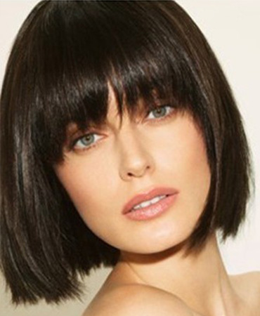stylish bob hairstyle wity bangs